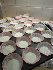 As you can see, Belgian cupcake liners don't quite fit in American cupcake pans...